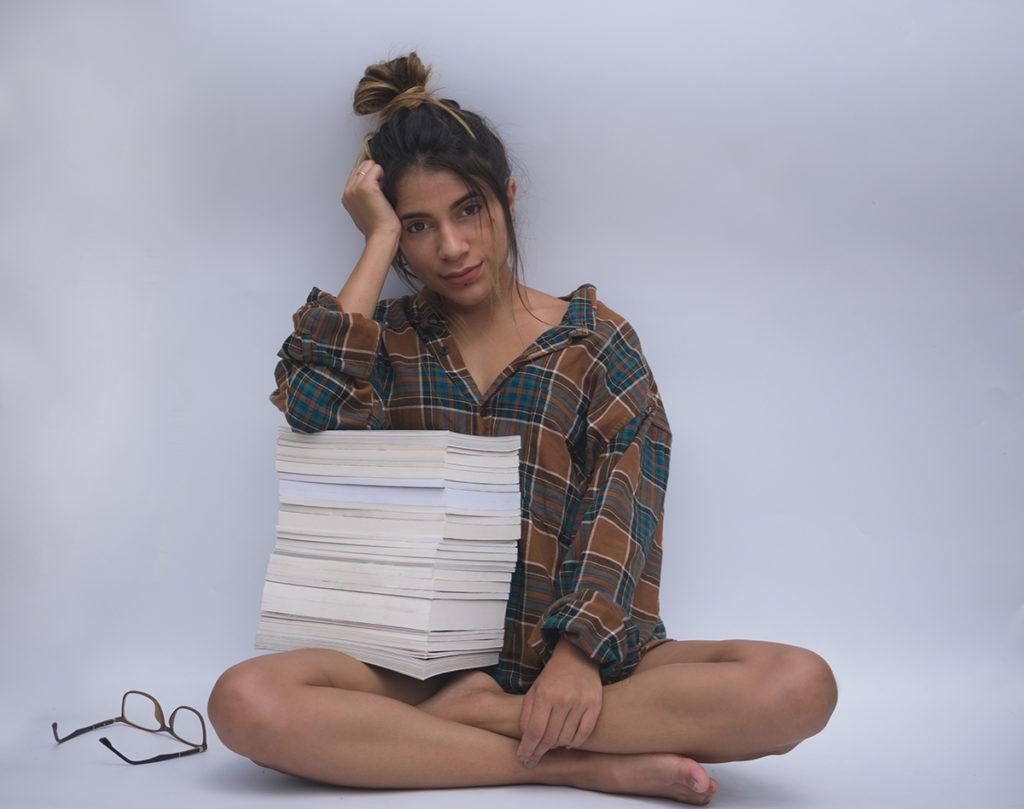 Un libro, la mejor compañía en el aislamiento. Literatura vs aislamiento